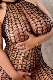 escort Selena callgirls Greece
